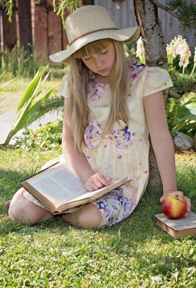 Apple Beautiful Blond 1